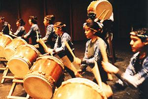 bar-mitzvah-entertainment-taiko_drummers